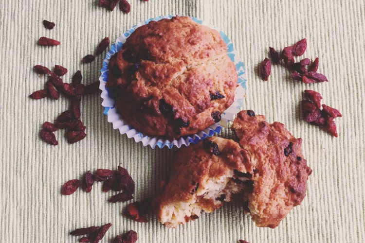 Kamut muffin and goji berries