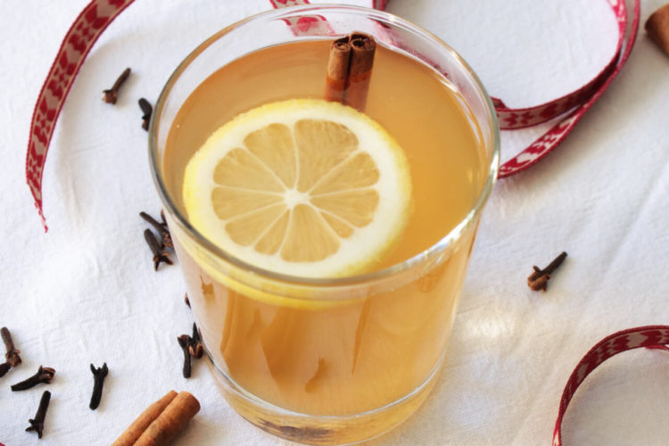 Christmas punch with apple juice