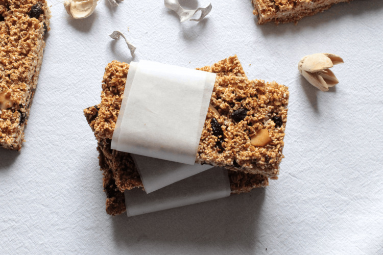 Amaranth and oat bars