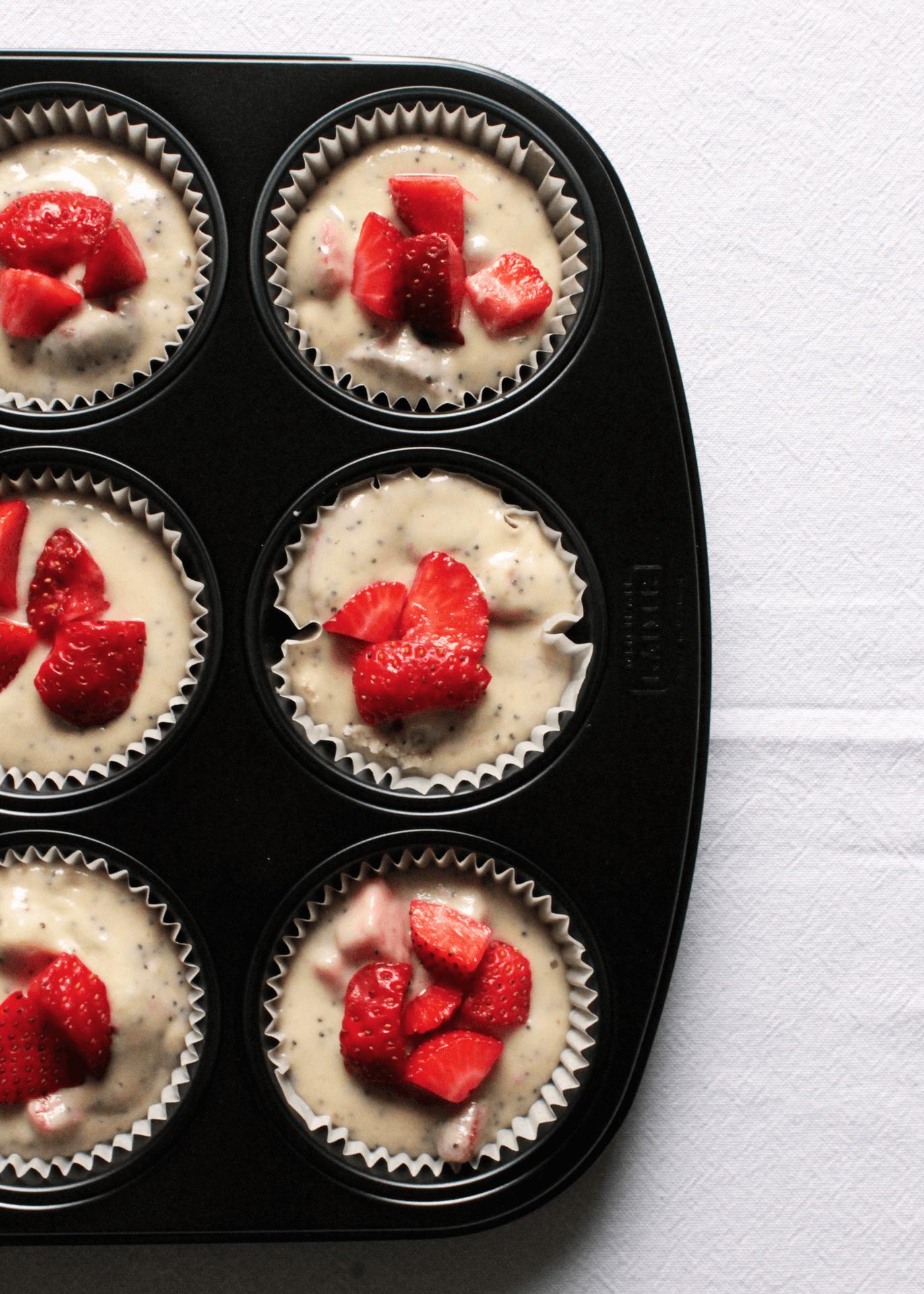 Teglia di muffin alle fragole