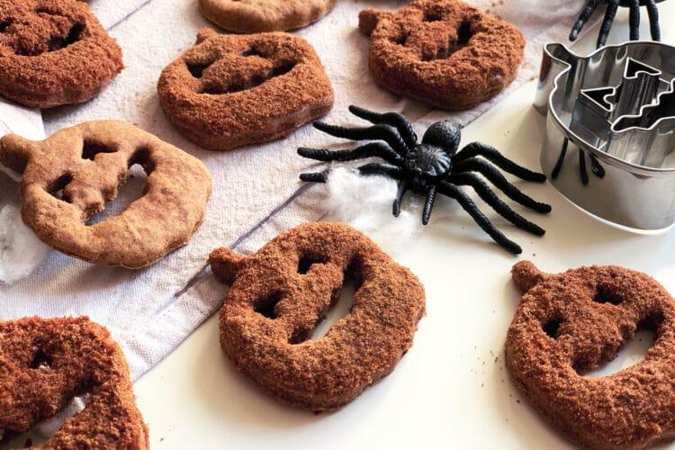 Biscotti di Halloween alla zucca e cannella
